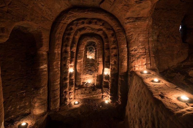 темпларска пећина у енглеској