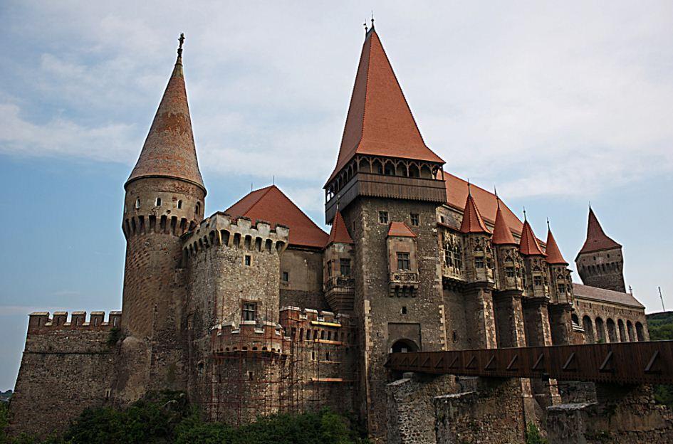 замак корвин у румунији