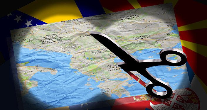 запад, русија, србија