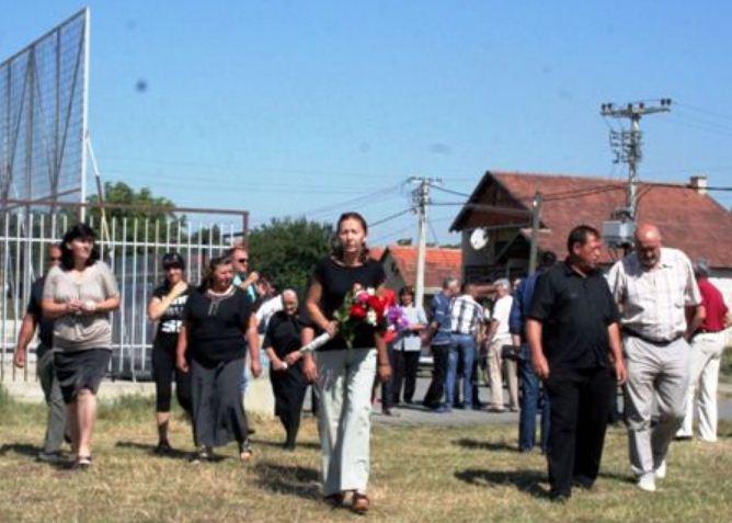 Ударна вест: У Старом Грацком НАПАДНУТА ДЕЦА српске националности