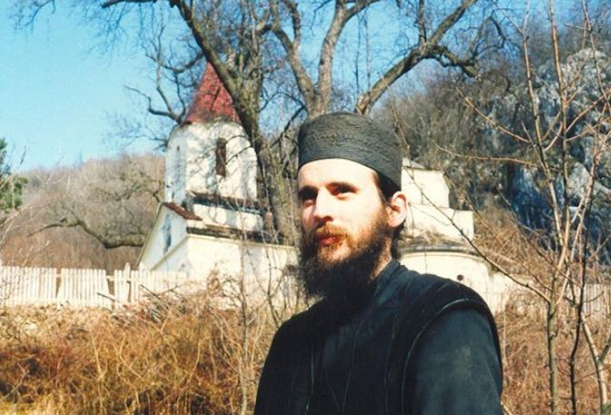 монах харитон