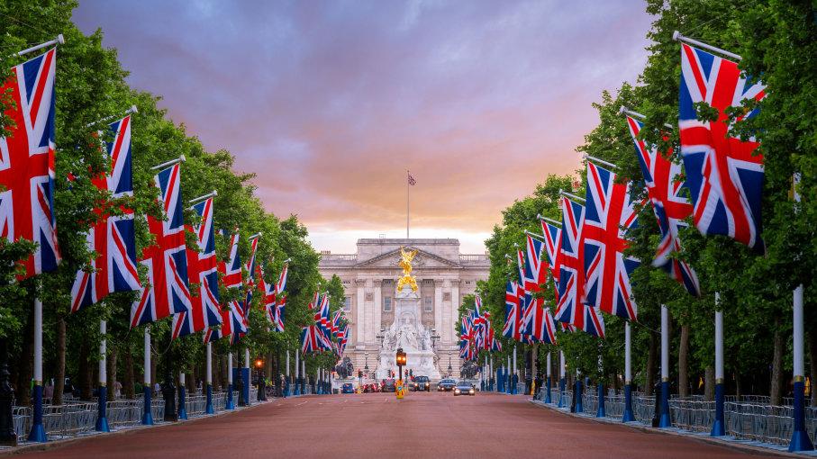 велика британија