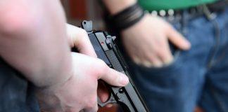 наоружани албанци