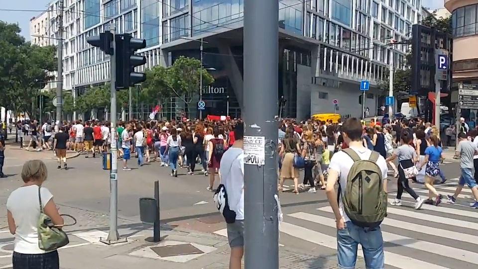 необични протести