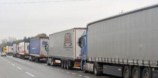 група српских камионџија